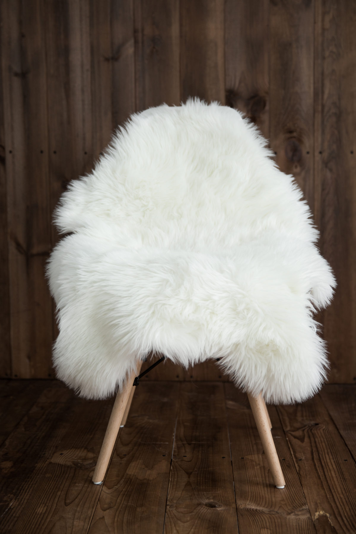 Sheepskin Faux Fur Chair Cover/ Rug /Seat Pad/ Area Rugs For Bedroom Sofa Floor Vanity Nursery Decor WHITE : faux chair - Cheerinfomania.Com